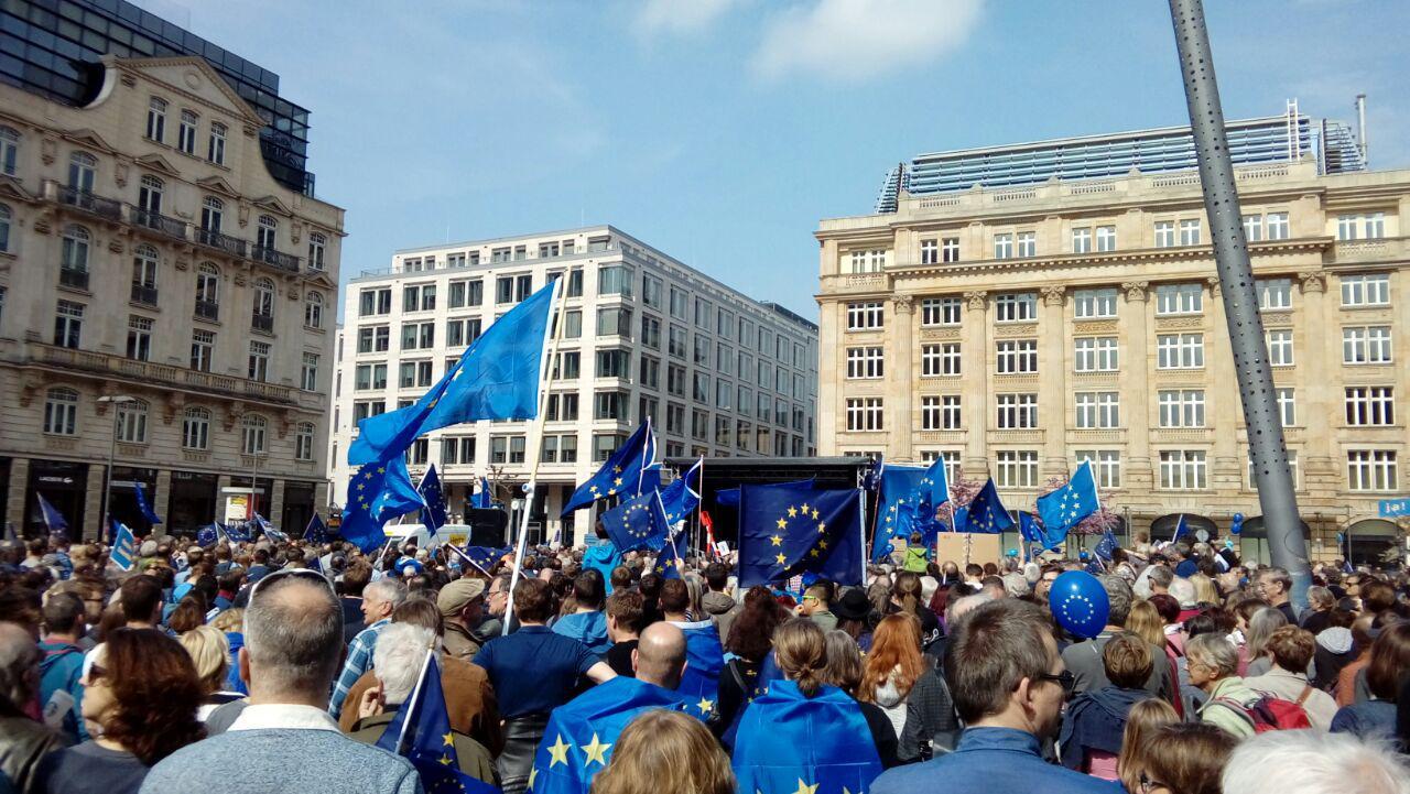 Meine Eindrücke der #PulseOfEurope Demo in Frankfurt
